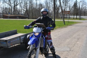 Letś go! At gravel class moto-orient